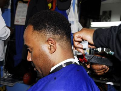 Barber Shop Black : Barber Shop Haircuts For Black Women To Download Barber Shop Haircuts ...